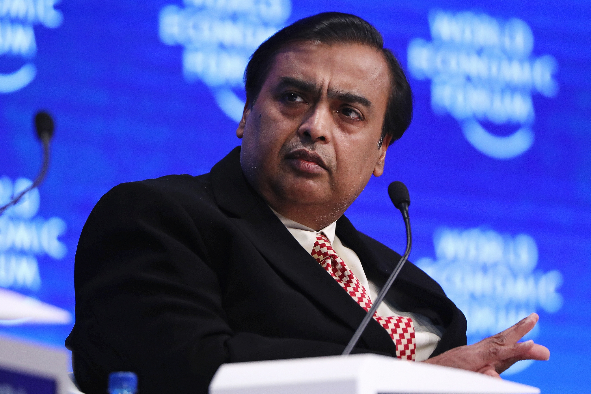 Mukesh Ambani Reliance Industries To Be Among Top 20 Global Firms Bloomberg Quint