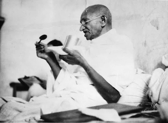 Gandhi And His Fasts