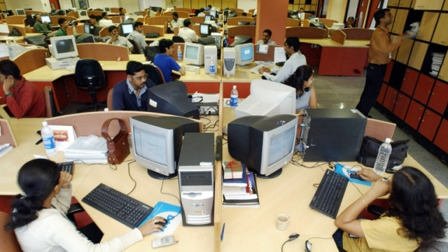 Middle Class Shock: Good Quality Jobs Are Vanishing in IT, Finance And Telecom