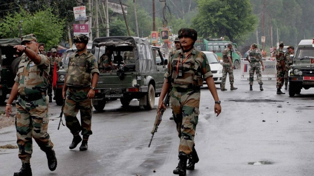 Army Foils Two Infiltration Bids in Kashmir's Gulmarg and Nowgam Sectors