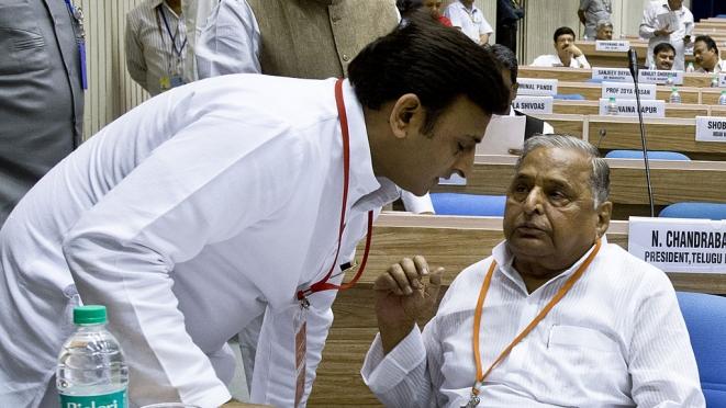 Akhilesh Yadav and Mulayam Singh Yadav (PRAKASH SINGH/AFP/Getty Images)