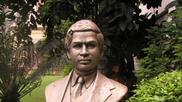 S. Ramanujam - The Man Who Knew Infinity
