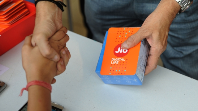 Jio's Freebies Have Caused A Loss Of 20 Per Cent To The Telecom Industry