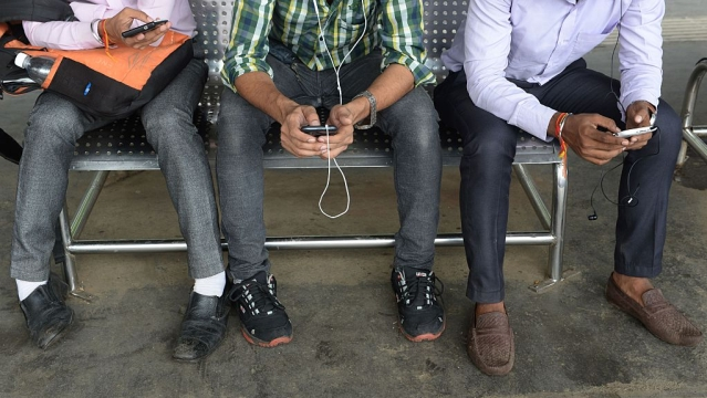 Telcos May Have Shunned Common Sense In  Reckless Race for Spectrum