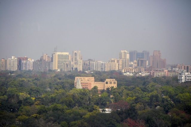 Delhi Ousts Mumbai, Becomes India's Economic Capital
