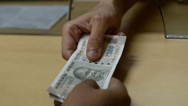 70 Per Cent Corporate Employees Say Note Ban Will Curb Corruption:      Ernst & Young
