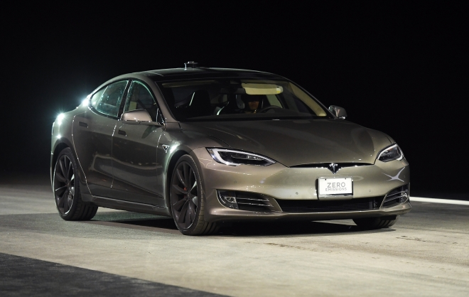 Elon Musk's Tesla Motors Might Open Shop In India This Summer