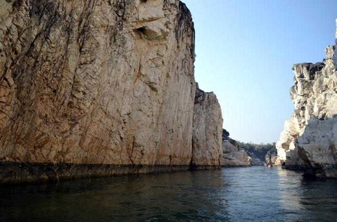 Detail of Narmada sedimentary rocks (Photo: Rajiv Sikand)