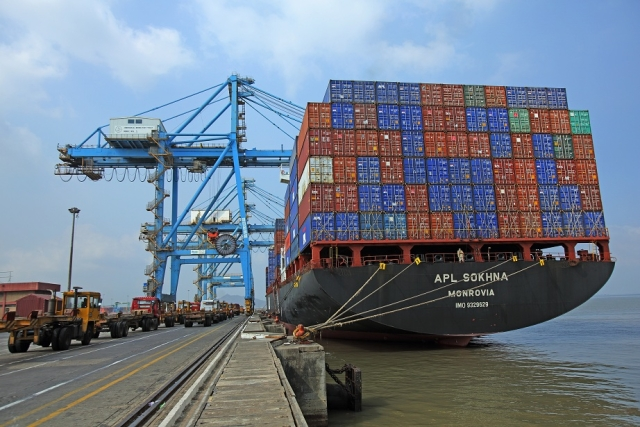 Exports Soar   25.67 Per Cent To $28.61 Billion In September, Trade Deficit At 7-Month Low
