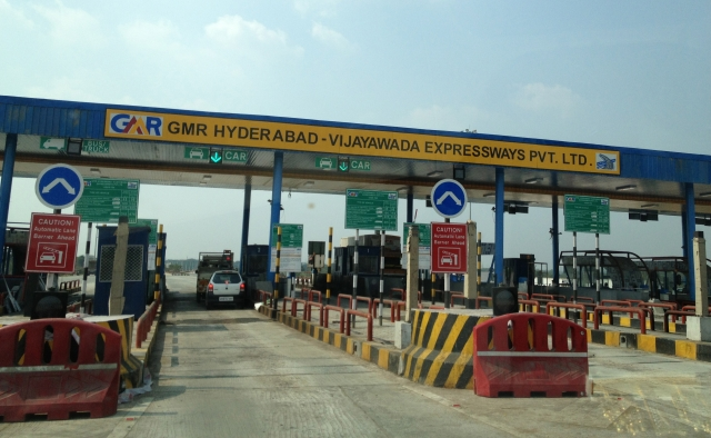 Toll Plazas Are A Criminal Waste Of Time; Can We Get Serious About FASTag?