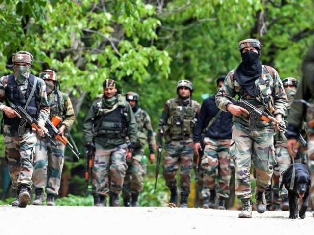 Indian Army Foils Multiple Infiltration Bids Along LoC, Kills Seven Terrorists