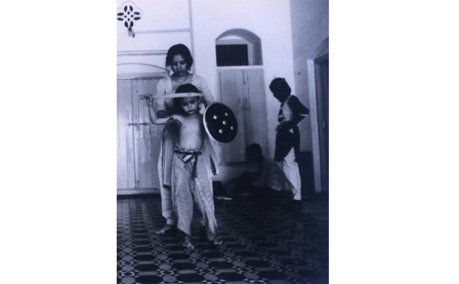 At the haveli: Isha receiving lessons from her mother (Picture: Devissaro)