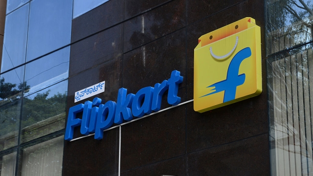 Flipkart's $850 Million Generous Buyout Offer To  Snapdeal: In The World Of E-Commerce, Weird Is Normal