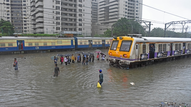 Mumbai Comes To Stand Still Yet Again As Heavy Rains Continue For Second Day