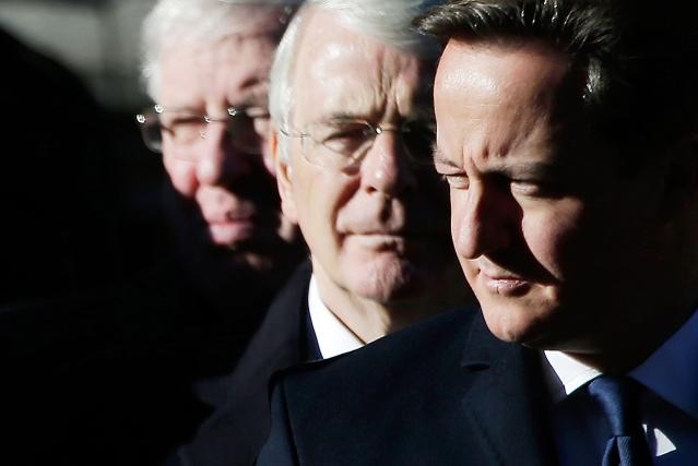 Former British Prime Ministers Sir John Major (C) and David Cameron (R) (Matthew Lloyd/Getty Images)