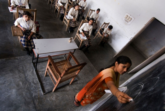 School children at a government school in Lucknow. (Priyanka Parashar/Mint via GettyImages)