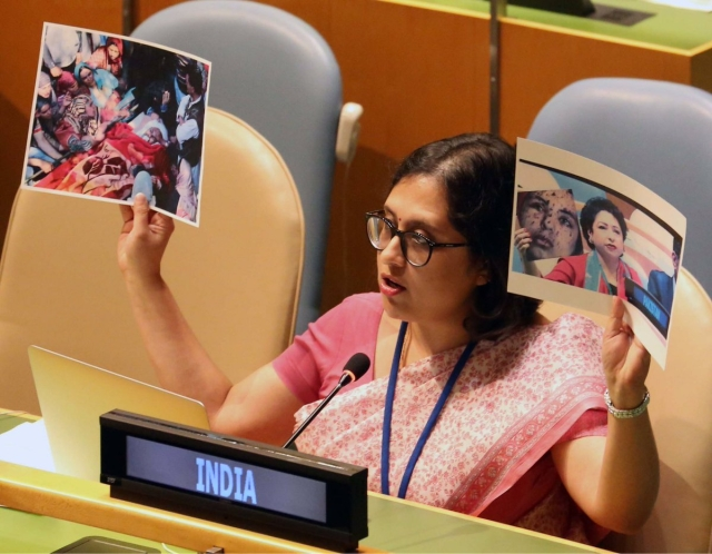 India Shows Picture Of Lt Umar Fayaz To Expose Pakistan At UNGA, Slams It For Using Fake Image