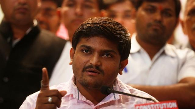 Hardik Patel Backs Congress, Accepts Party's Quota 'Deal' For Patidars