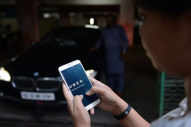 Taxi aggregators have been necessary as an alternative travel option to commuters. (Hemant Mishra/Mint via Getty Images)