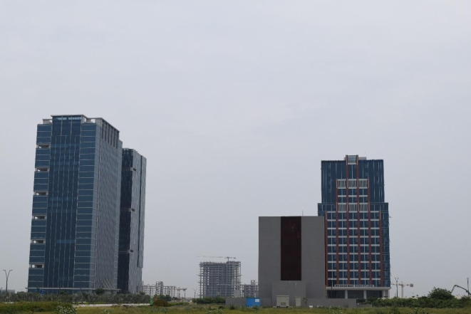 GIFT 1 and GIFT 2, the completed towers of the city