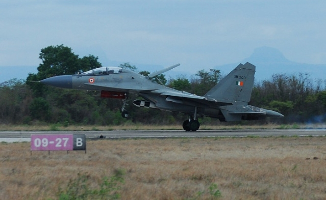 A BrahMos armed Su-30MKI. (Livefist Defence)