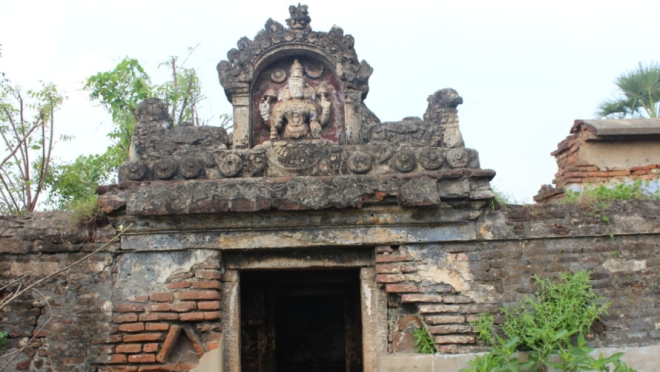 Not a temple but a ruined entrance to the Chatram