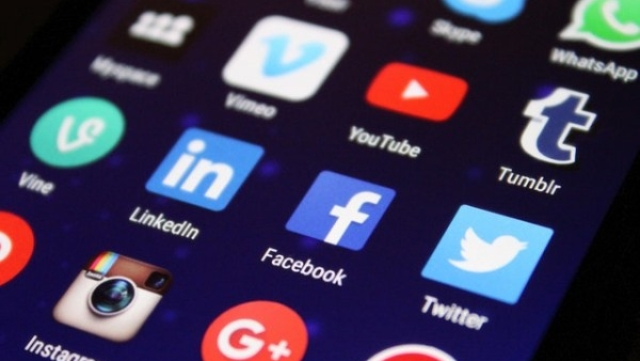 Privacy Debate: Do We Need To Be Paid By Social Media Companies For Trading Our Data?