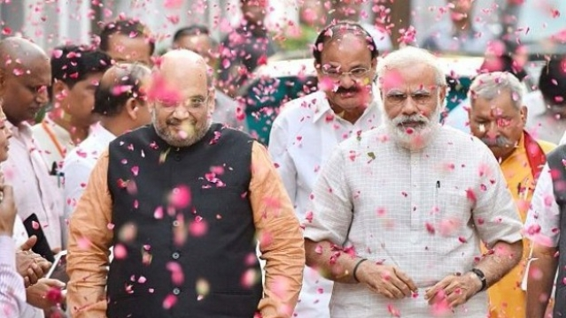 BJP Re-Election: The Case For Advancing 2019 Lok Sabha Polls