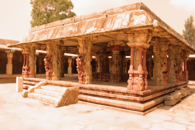 From The Archives: Ornate Architecture – To The Glory Of Southern Karnataka Temple Art