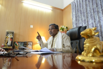 Will The 'Kerala Mafia' Cost Siddaramaiah The State?