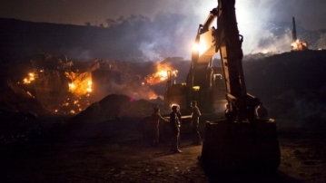 Making Mining Great Again: Understanding Modi's Big Bet On Coal Privatisation