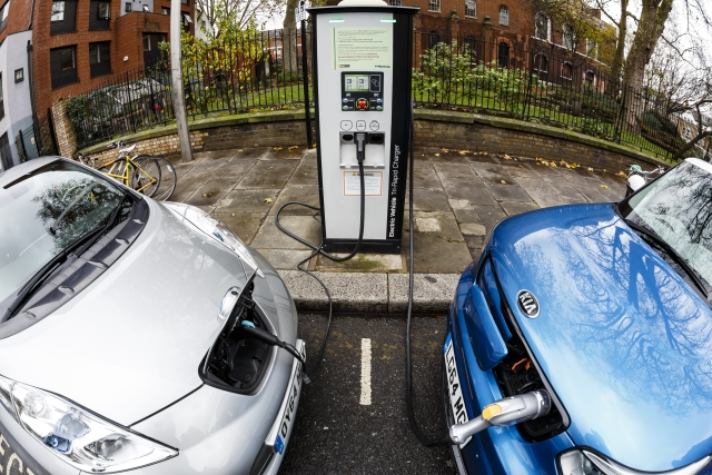 Electric U-Turn: Centre Says No Need For EV Policy At The Moment