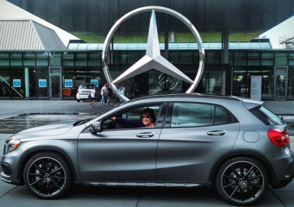 The mercedes benz european delivery program suuuuucks for Mercedes benz european delivery